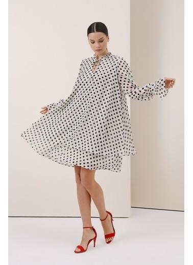 Gusto Puanlı Şifon Elbise - Ekru Puanlı Şifon Elbise - Ekru Ekru